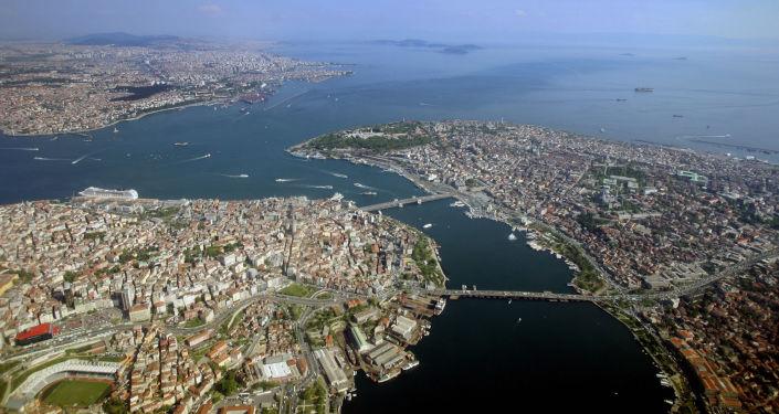 Widok z lotu ptaka na Bosfor w Stambule, Turcja