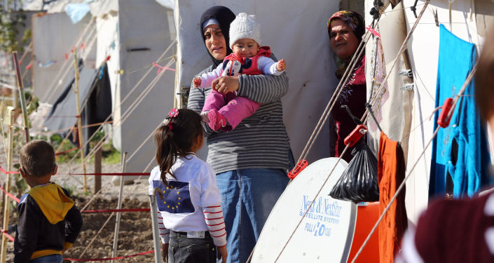 Syryjskich uchodźców w obozie tymczasowym w Turcji
