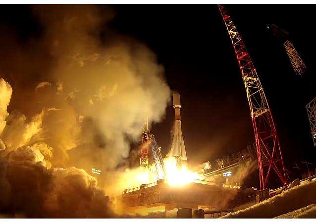 """Start """"Sojuza z satelitą nawigacyjnym """"GLONASS-M"""""""