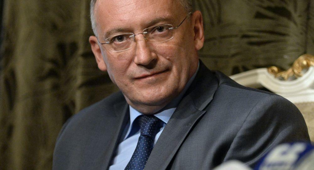 Ambasador Nadzwyczajny Rosji w Syryjskiej Republice Arabskiej Aleksander Kinsczczak w rosyjskiej ambasadzie w Syrii