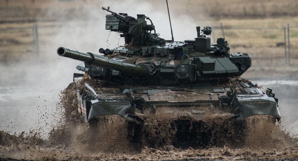 Czołg Т-90 na III międzynarodowym forum Technologie w budowie maszyn — 2014 w Żukowskim