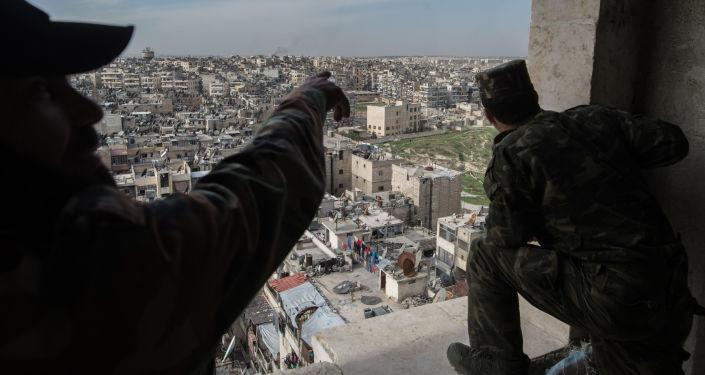 Żołnierze syryjskiej armii w Aleppo