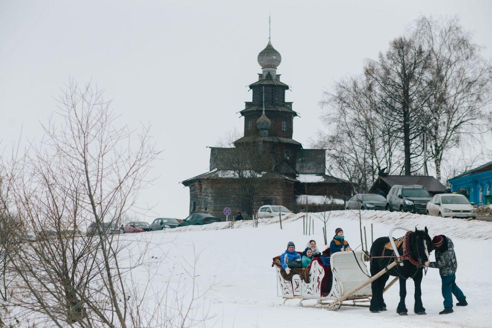 Drewniana cerkiew Przemienienia Pańskiego w Suzdalu