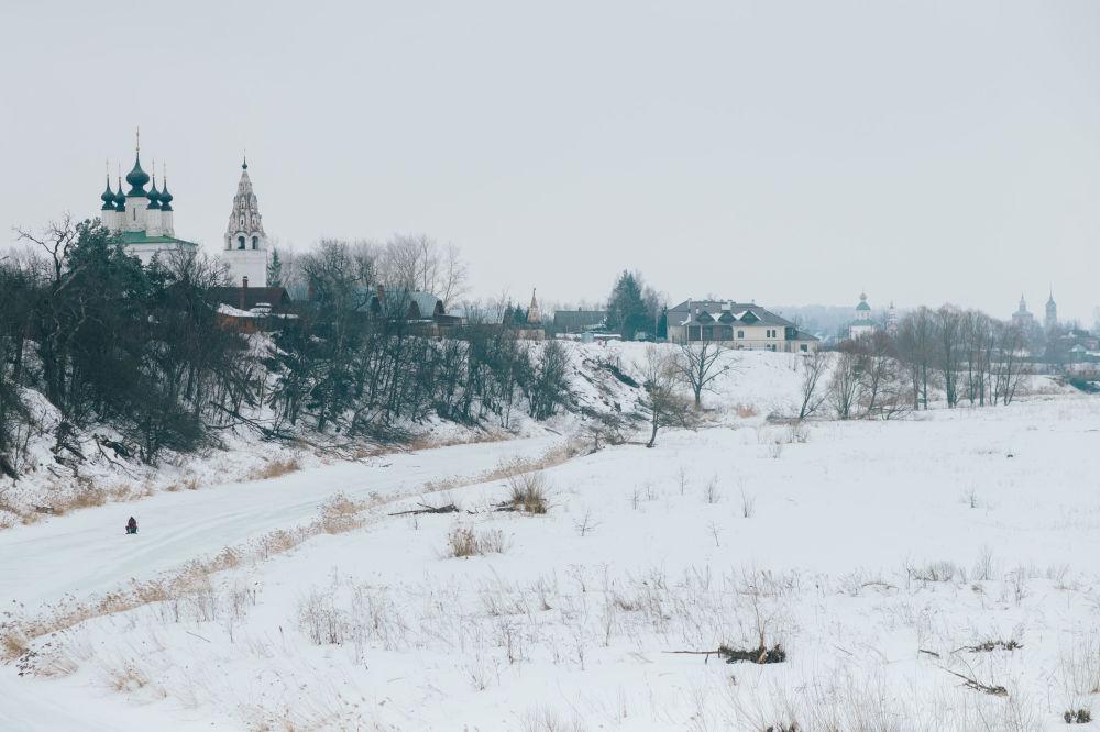 Cerkiew Wniebowstąpienia Pańskiego i monaster Świętego Aleksandra w Suzdalu