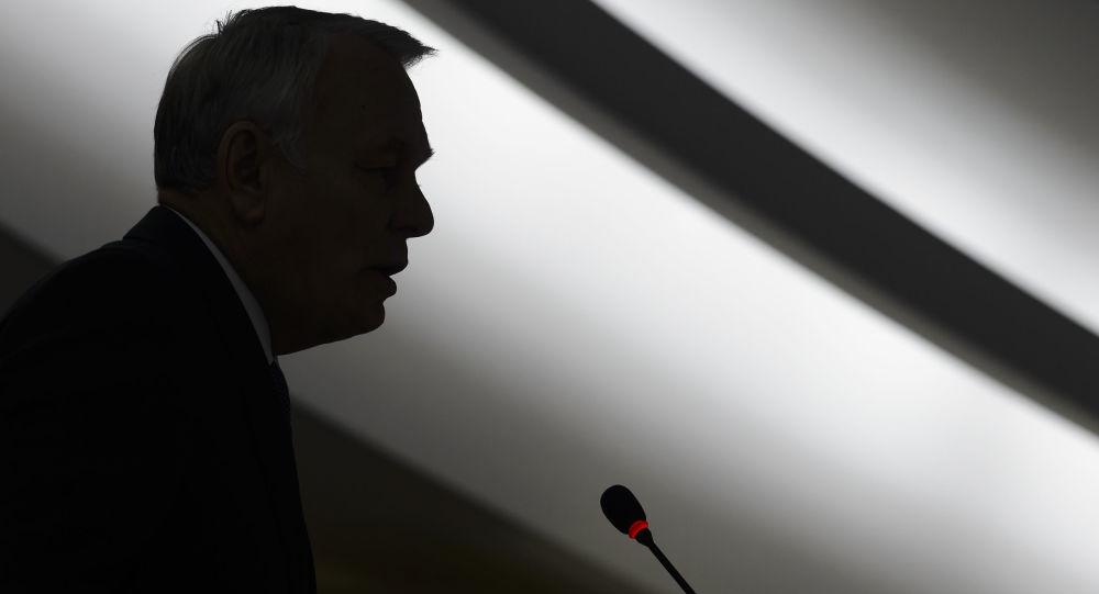 Francuski minister spraw zagranicznych Jean-Marc Ayrault w Genewie