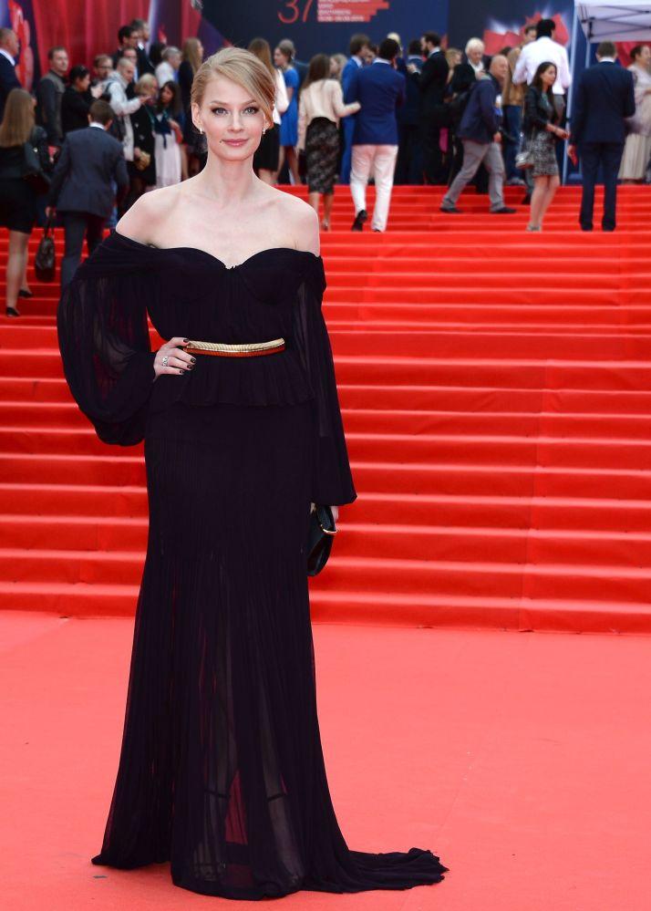 Aktorka Swetlana hodczenkowa podczas ceremonii otwarcia 37-go Moskiewskiego festiwalu filmowego