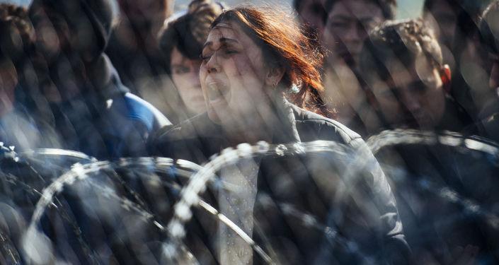 Protestujący uchodźcy na grecko-macedońskiej granicy