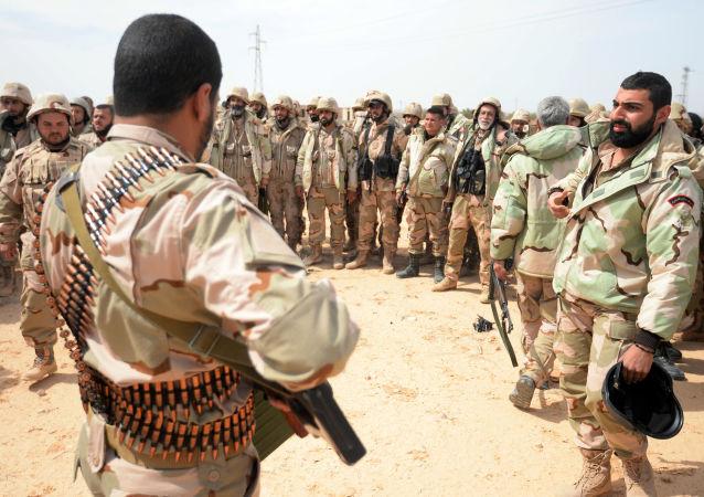 Oddział powstańców Sokoły Pustyni w okolicach Palmiry