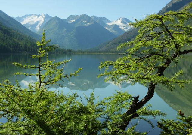Multinskoje jezioro na Ałtaju