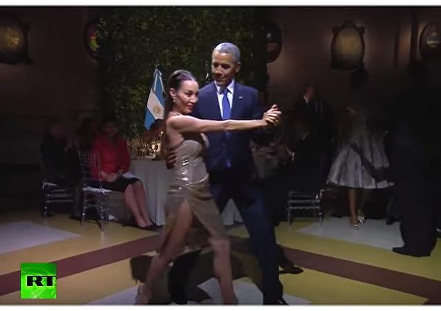 Barack i Michelle Obama tańczą tango na kolacji u prezydenta Argentyny