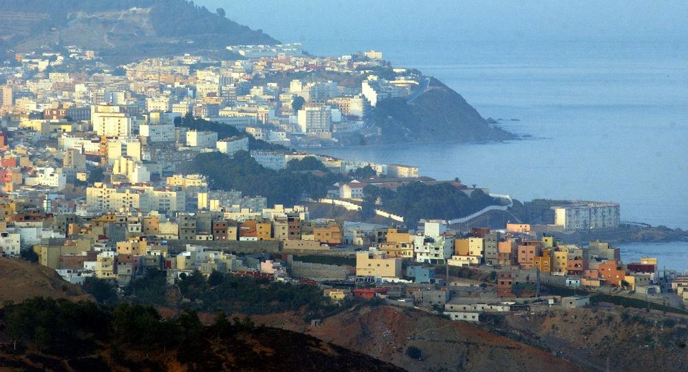 Widok na hiszpańską półenklawę na wybrzeżu Maroka