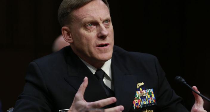 Dyrektor Agencji Bezpieczeństwa Narodowego Michael Rogers w Waszyngtonie