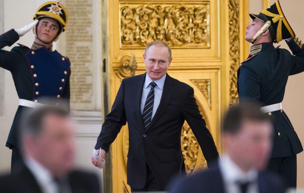 Prezydent Rosji Władimir Putin przed rozpoczęciem posiedzenia rosyjskiego komitetu organizacyjnego Pobieda w Kremlu