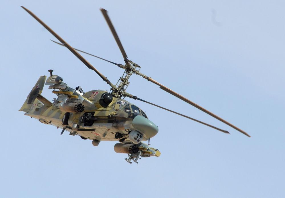 Helikopter Ka-52 podczas operacji wojskowej w Syrii