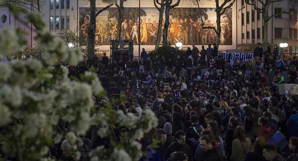 Protesty w Paryżu przeciwko reformie prawa pracy