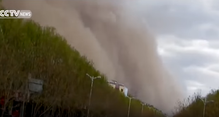 Super burza piaskowa ogarnęła miasto