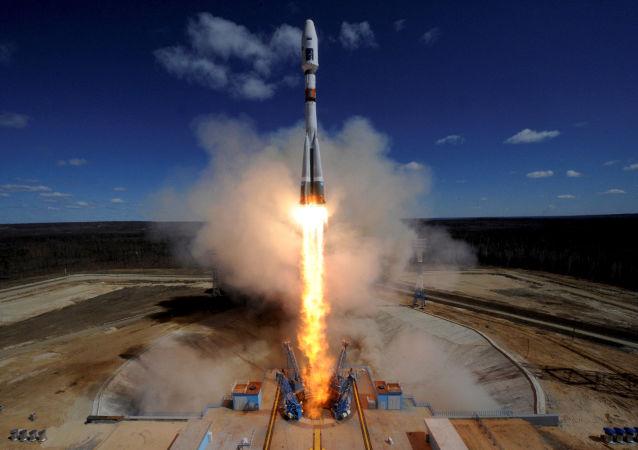 Start z kosmodromu Wostocznyj rakiety nośnej Sojuz-2.1a