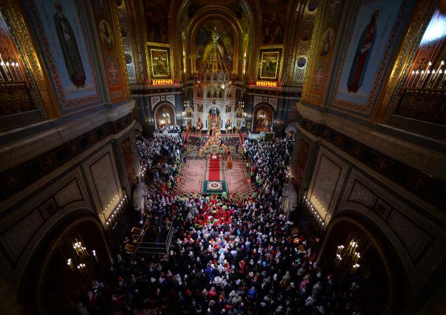 Liturgia paschalna w Soborze Chrystusa Zbawiciela w Moskwie
