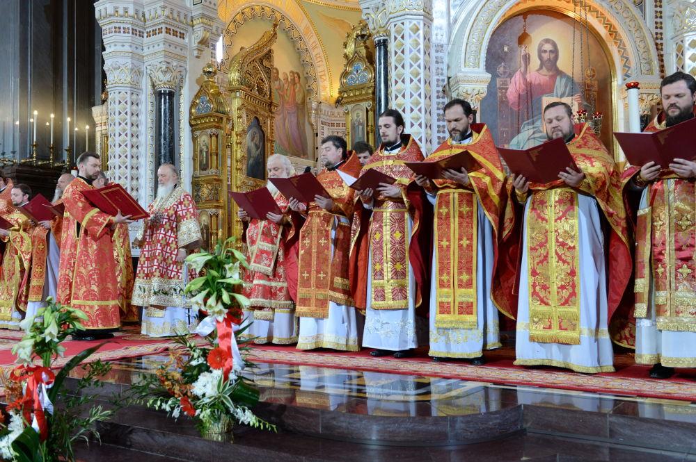Msza wielkanocna w Cerkwi Chrystusa Zbawiciela