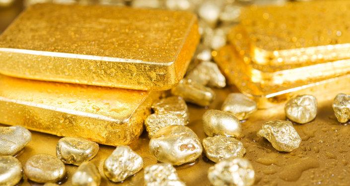 Na świecie w ciągu roku wyrzucono 300 ton złota