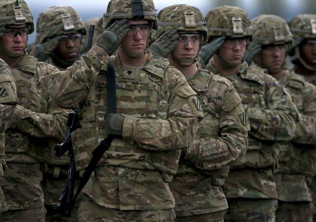 Amerykańscy żołnierze podczas ćwiczeń w Bułgarii