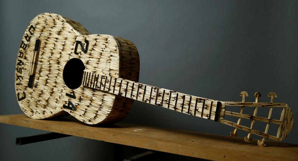 Gitara z zapałek