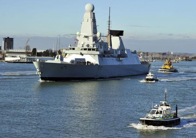 Brytyjski niszczyciel HMS Daring typu 45