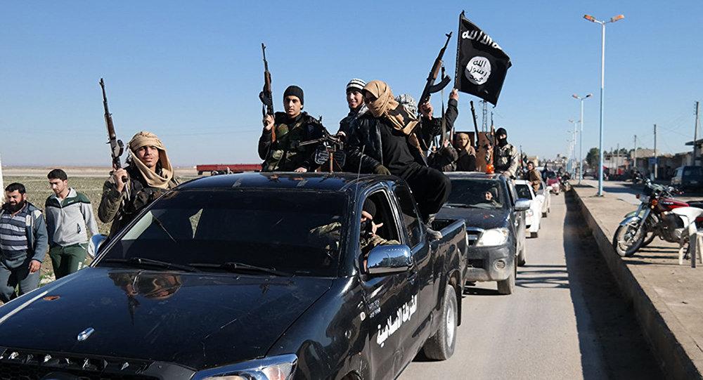 Bojownicy Państwa Islamskiego w Syrii