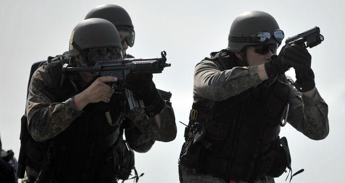 Ćwiczenia wojskowe desantowców niemieckich służb specjalnych