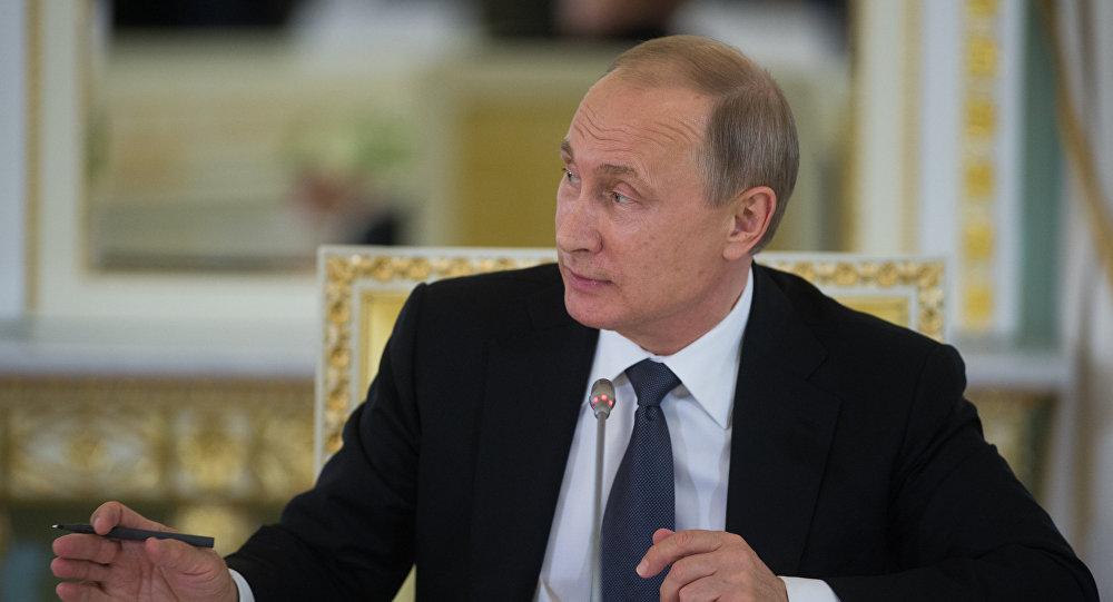 Wizyta robocza prezydenta Rosji Władimira Putina do Sankt-Petersburga 16 lipca 2016.