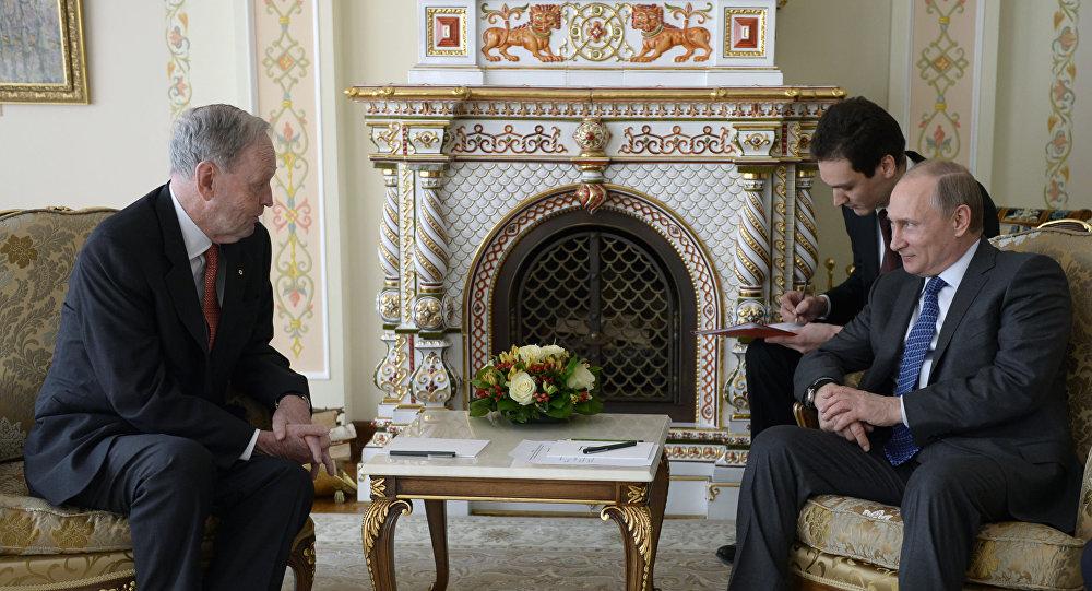 Spotkanie byłego premiera Kanady Jean Chrétien z prezydentem Rosji Władimirem Putinem.