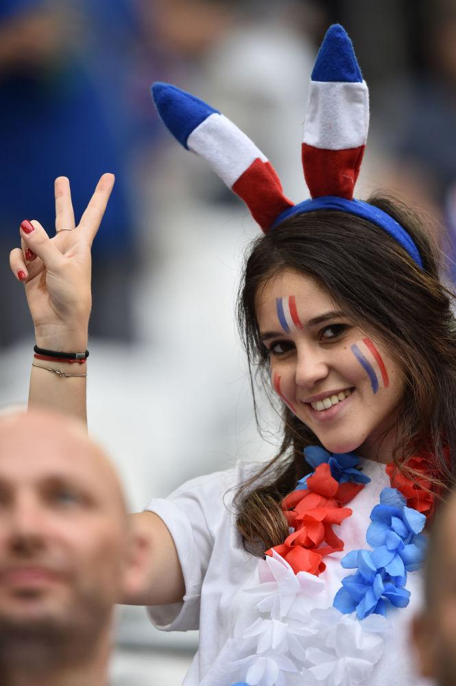 Kibicka reprezentacji Francji na Euro 2016