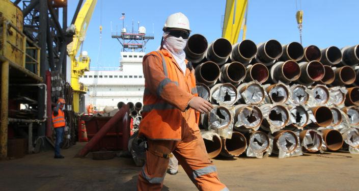 Budowa gazociągu Dżubga-Łazariewskoje-Soczi w akwenie Morza Czarnego