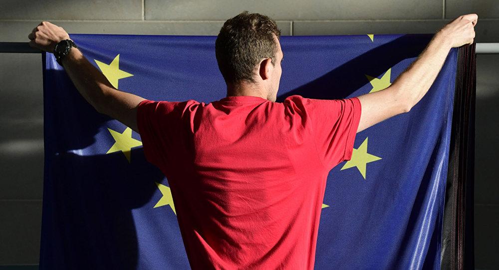 """""""Bruksela musiała zostać spoliczkowana, by dojść do siebie"""""""