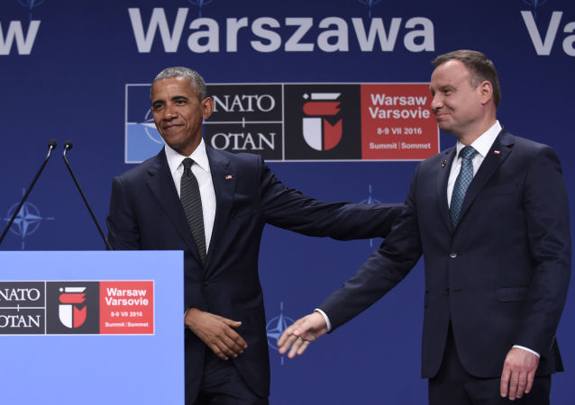 Prezydent Stanów Zjednoczonych Barack Obama i prezydent Polski Andrzej Duda na szczycie NATO w Polsce.