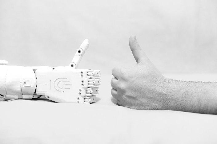 Project protezy MaxBionic autorstwa Maksima Liaszki - roboręka