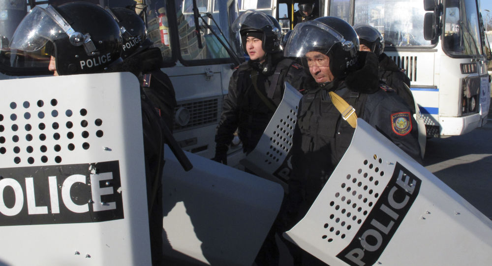 Policja w Kazachstanie.