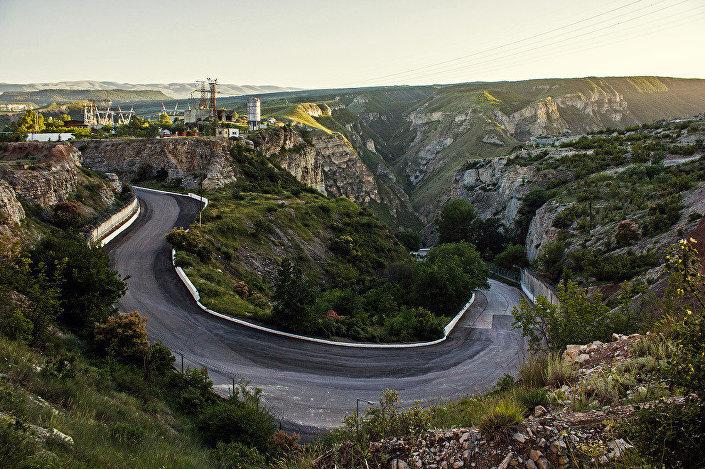 Droga przez Sułacki Kanion