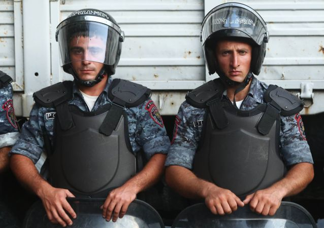 Atak na komisariat w Erywaniu