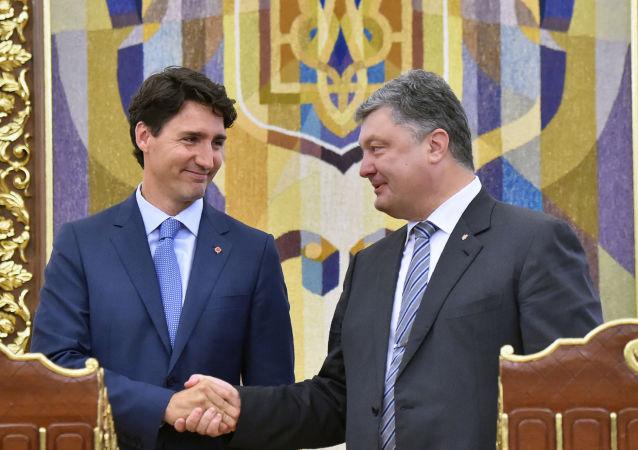 Premier Kanady Justin Trudeau i prezydent Ukrainy Petro Poroszenko w Kijowie