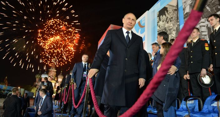Prezydent Rosji Władimir Putin po koncercie z okazji 70. rocznicy zwycięstwa nad hitlerowskimi Niemcami.