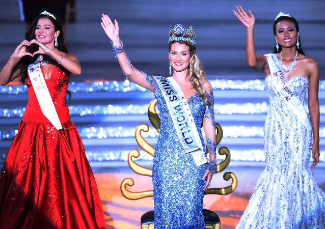 Miss World - 2015 Mireia Lalaguna z Hiszpanii
