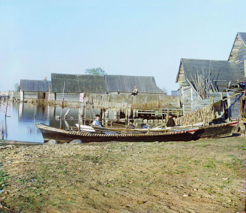 Wioska rybacka na jeziorze Seligier