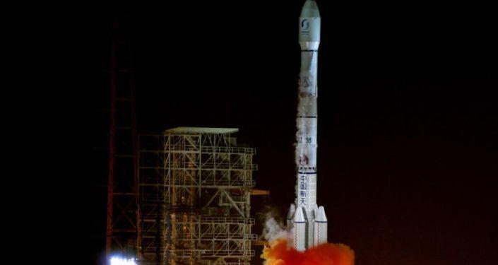 Start rakiety nośnej Chanzheng-3B w Chinach