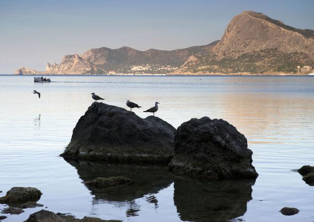 Widok na zatokę w Sudaku, Krym