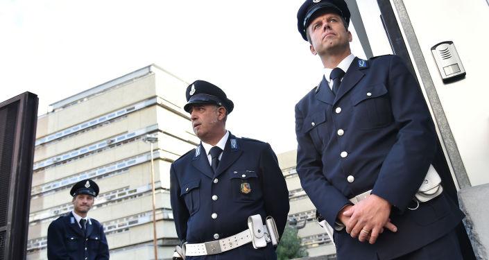 Ochrona sądu w Rzymie podczas procesu szefów mafii