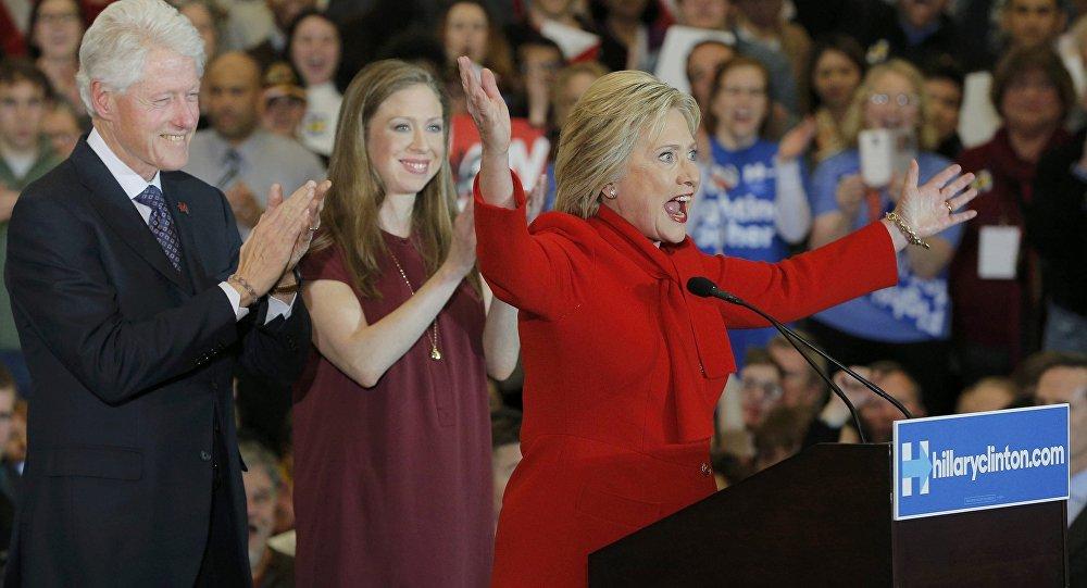Bill, HIlary i  Chelsea Clinton