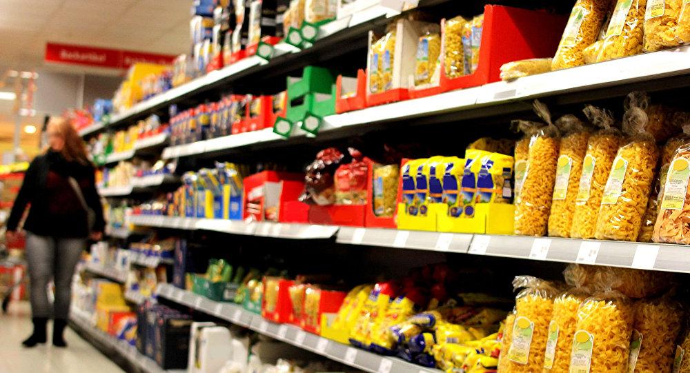 Niemiecki rząd będzie zachęcać obywateli do robienia zapasów żywności i wody