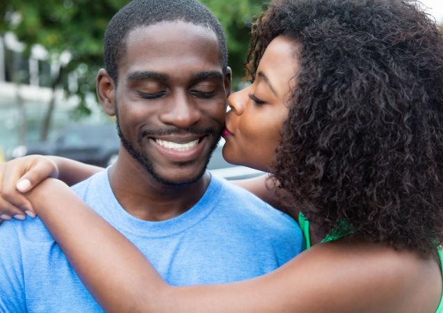 Kochająca się para z Afryki