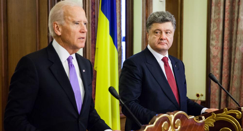 Wiceprezydent Stanów Zjednoczonych Joe Biden i prezydent Ukrainy Petro Poroszenko w czasie konferencji prasowej po spotkaniu w Kijowie